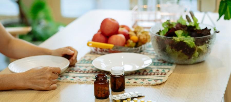 Ready to eat | Modafinil and armodafinil pills on the table